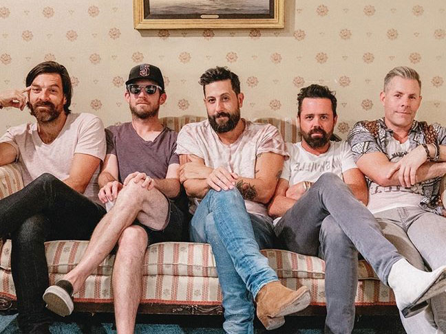 Old Dominion – Some People Do