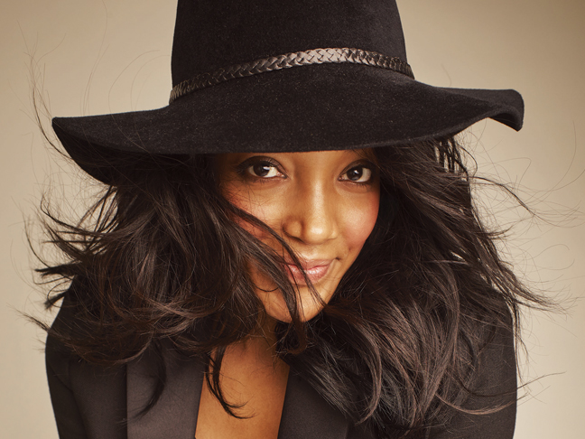 """Mickey Guyton - """"Sister (Live from CMT Next Women of Country)"""""""
